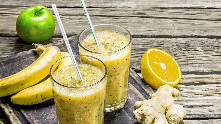 Saft-Rezept: Süß-scharfer Ingwersaft mit Banane und Apfel