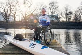 Paralympische Goldmedaillen-Gewinnerin Edina Müller