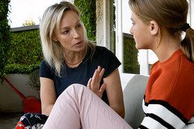 Um Probleme und Konflikte anzusprechen, sollten Sie eine angenehme Gesprächssituation schaffen.