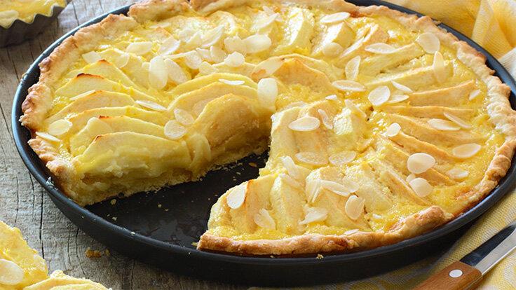 Der saftige Apfelkuchen passt zu jeder Gelegenheit und ist schnell zubereitet.