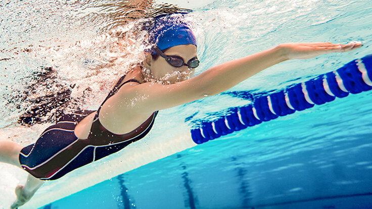 Aerobes Training: Schwimmen eignet sich gut als Ausdauersport.