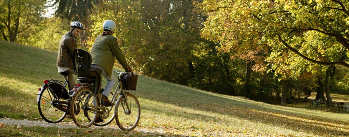 Schlank im Alltag, weil die Kollegen mit dem Fahrrad zur Arbeit fahren.