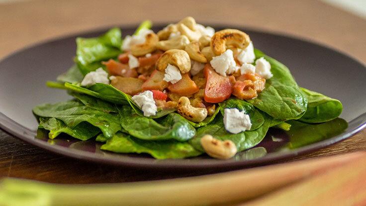Gesunde Rhabarber-Rezepte: Rhabarber-Feta-Salat